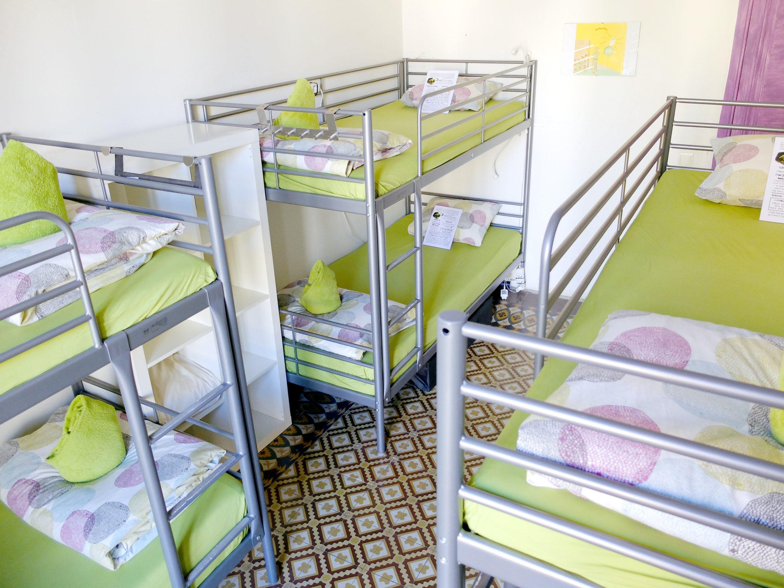 6 BEDS